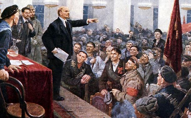 写真・図版 : レーニンが主導した1917年のロシア革命は、日本の労働運動に大きく影響した