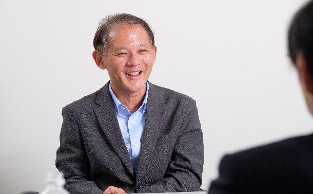 インタビューに答える東京大学社会科学研究所の宇野重規教授=撮影・吉永考宏