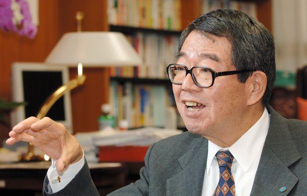 写真・図版 : 連合の高木剛会長=2006年11月10日