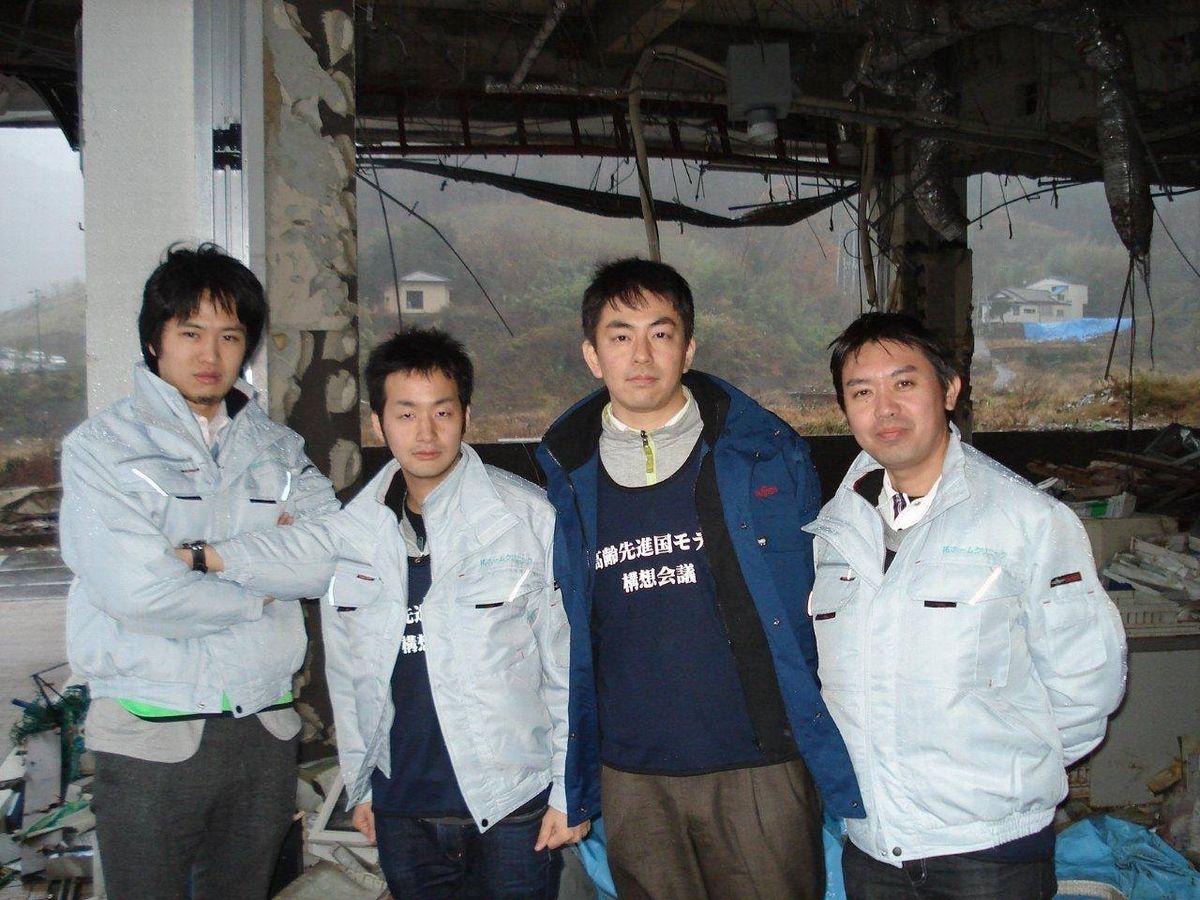 写真・図版 : 2011年冬、石巻を始めた訪れた=塩澤さん提供