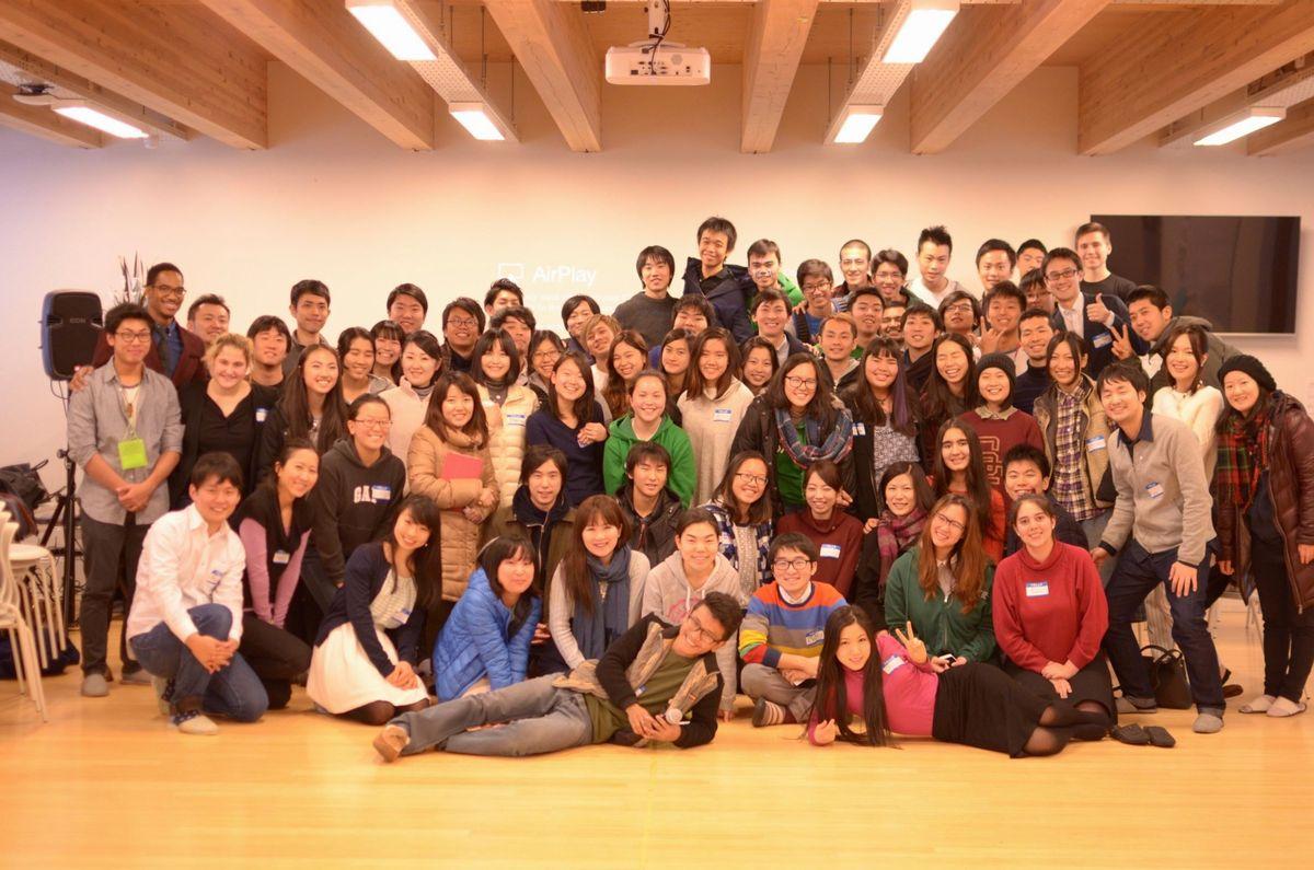 写真・図版 : 塩澤さんが活動していた当時のグローバル・シェーパーズのメンバー=塩澤さん提供