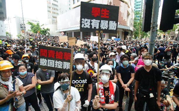 香港デモの背後に見える「中国化」への我慢の限界