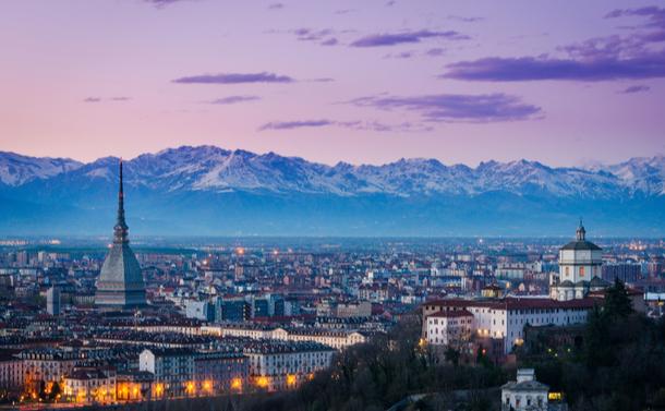 写真・図版 : Marco Saracco/Shutterstock.com