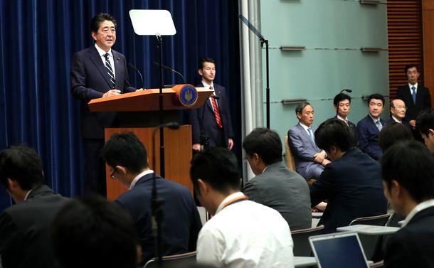 安倍首相が掲げる「年金増額」の真相