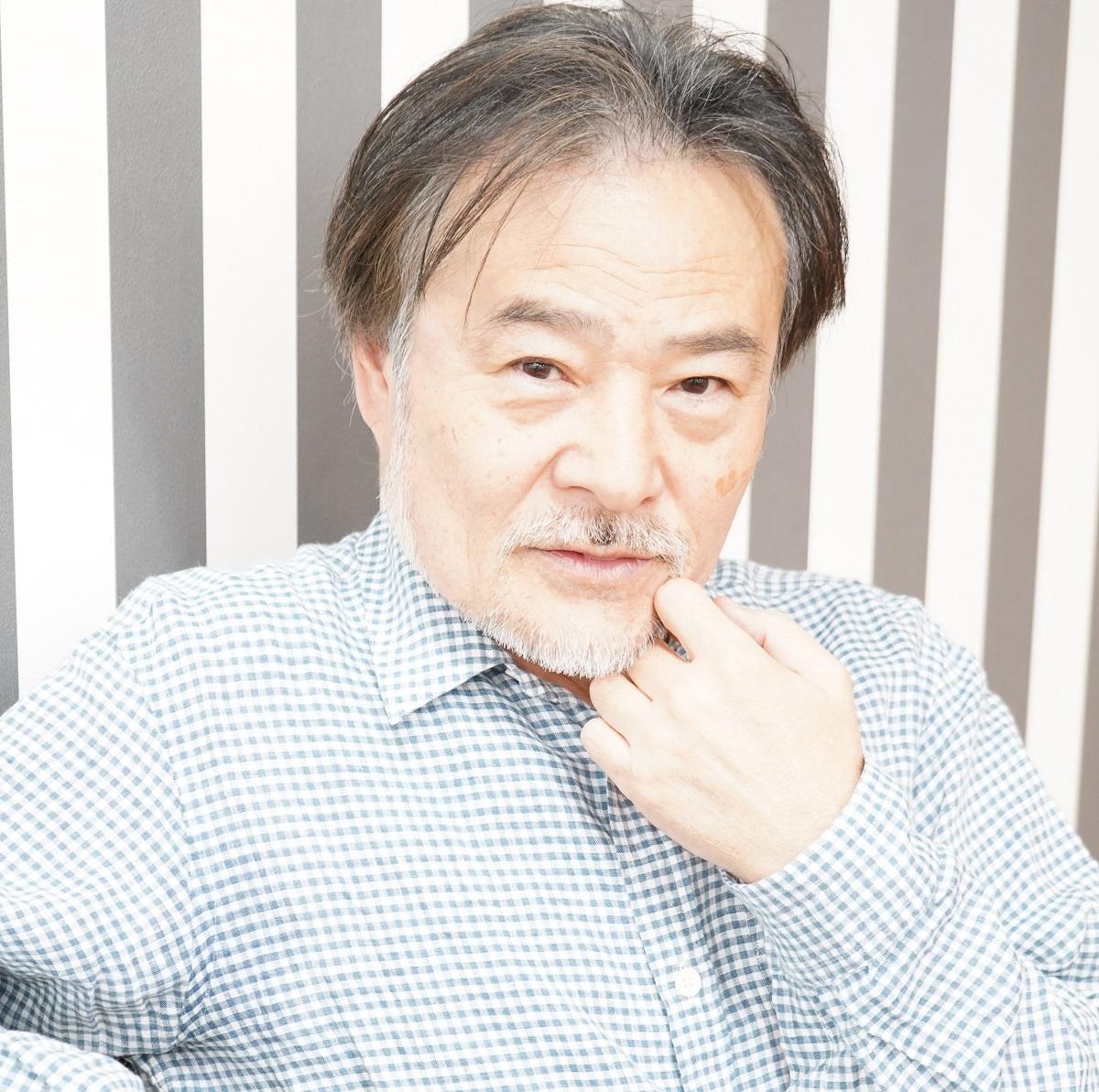 写真・図版 : 黒沢清監督
