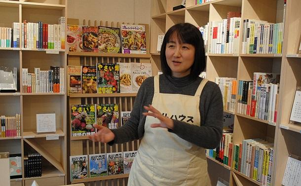 旧避難区域に誕生した柳美里さんの新刊書店