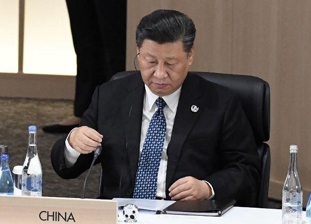 写真・図版 : G20サミットに出席した中国の習近平国家主席=2019年6月29日、大阪市住之江区
