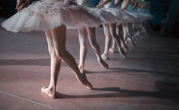 吉本興業と世界のバレエ