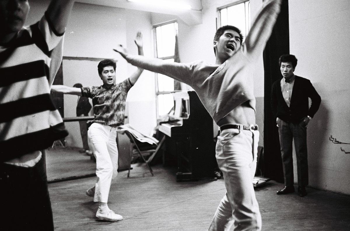 1965年 人気上昇中の「ジャニーズ」東京・有楽町の日劇スタジオ