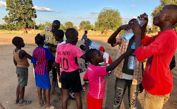 南スーダンで野球の試合前の「礼」に込めた思い