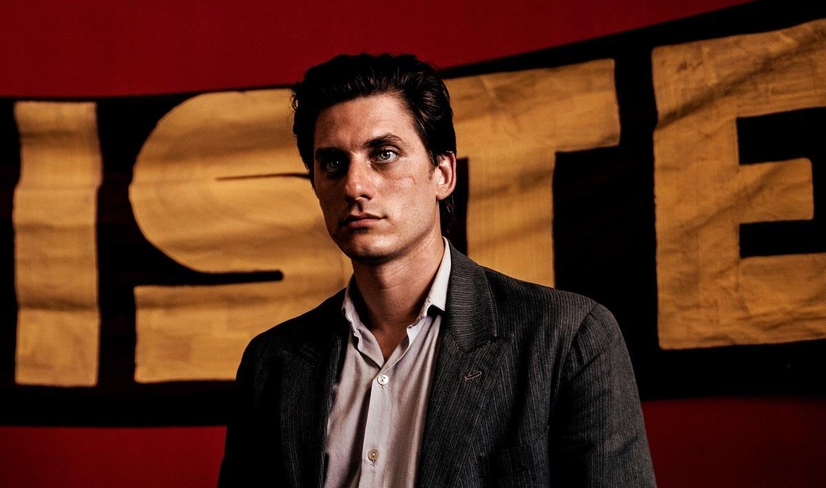 写真・図版 : ピエトロ・マルチェロ監督『マーティン・エデン』。主演のルカ・マリネッリは男優賞を受賞