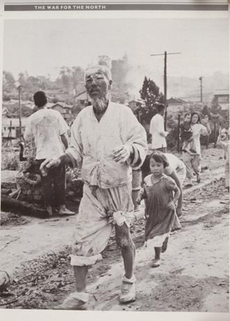 写真・図版 : 1950年の朝鮮戦争の惨状=大韓民国歴史博物館HPより