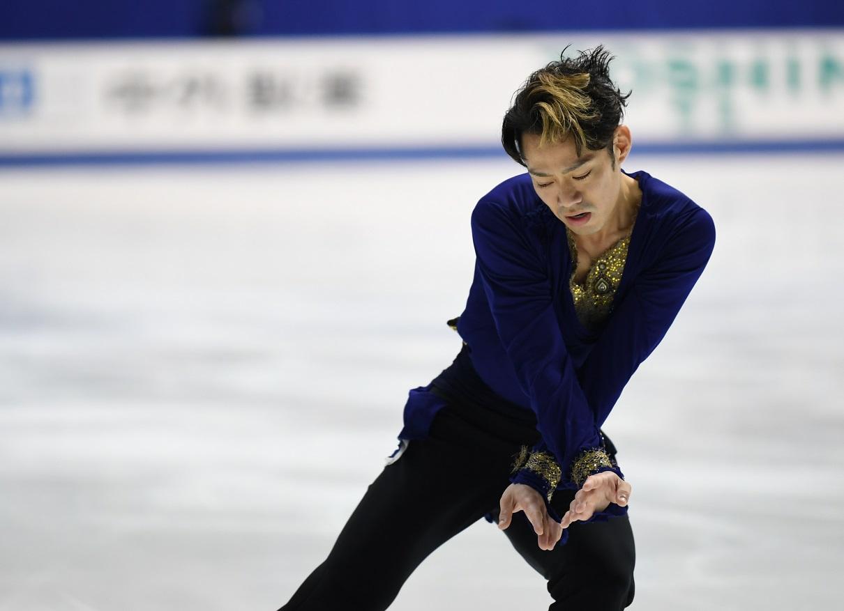 写真・図版 : 村元哉中(かな)をパートナーに、2020年1月からアイスダンスに転向する高橋大輔