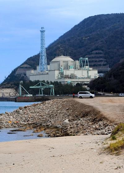 写真・図版 : 廃炉に向けた作業が進む高速増殖原型炉「もんじゅ」=2019年2月、八百板一平撮影