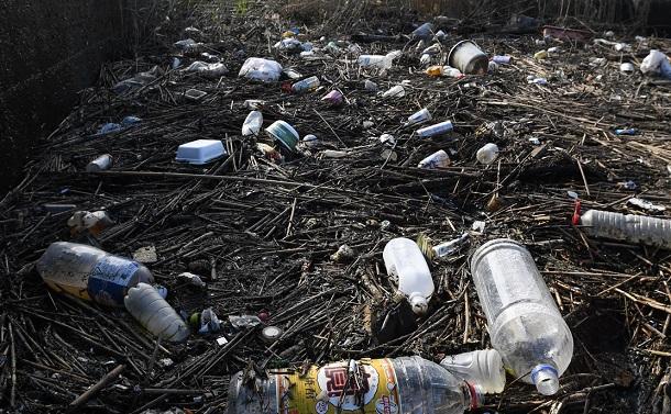 日本もプラスチックごみを大量に海に出している