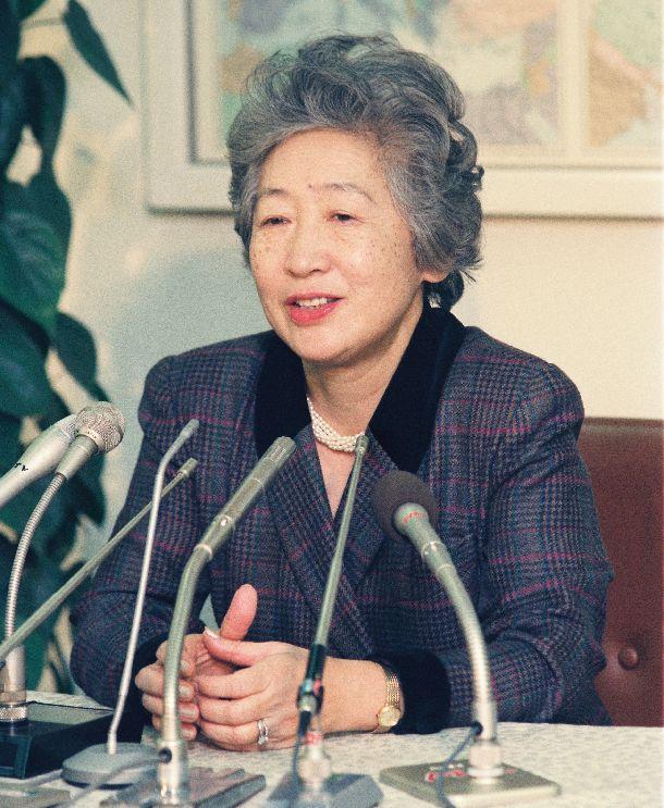 貞子 緒方 「自分の国だけの平和はありえない」緒方貞子さん死去、遺した言葉を振り返る。