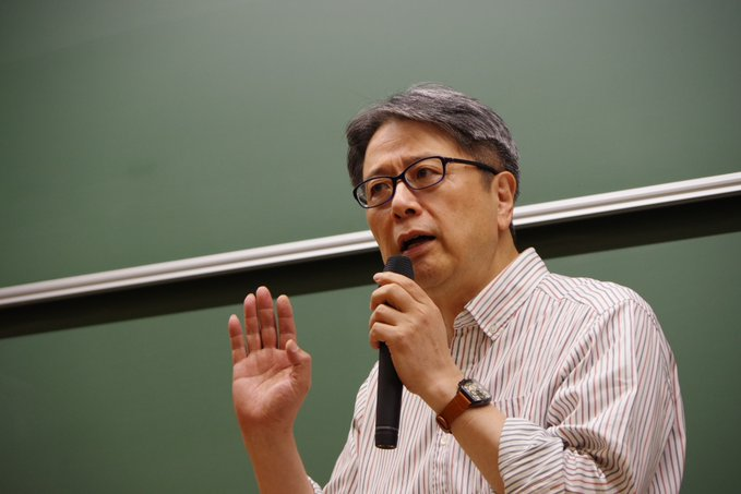 写真・図版 : 紅野謙介・日大教授