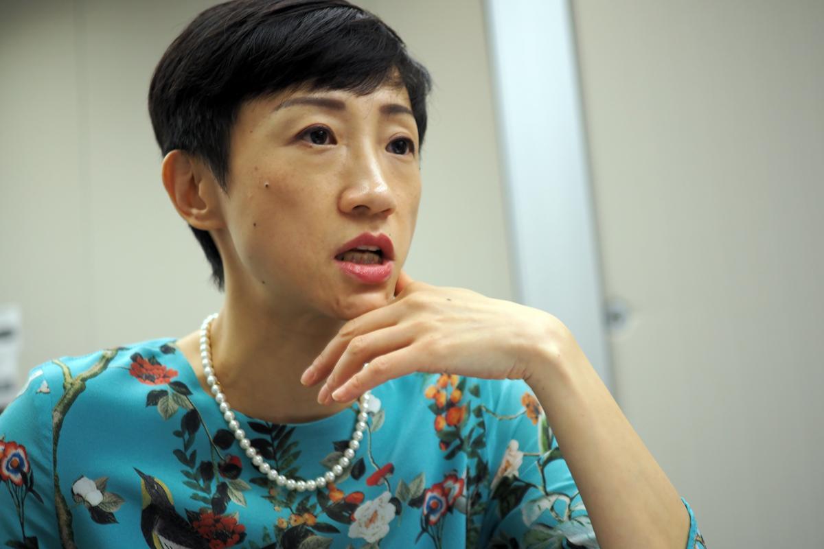 写真・図版 : 民主派の公民党・陳淑荘議員(写真はいずれも筆者撮影)