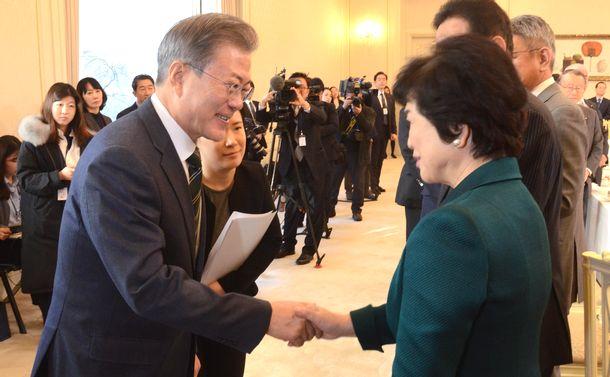 日韓議員連盟は「英語」で対話を!