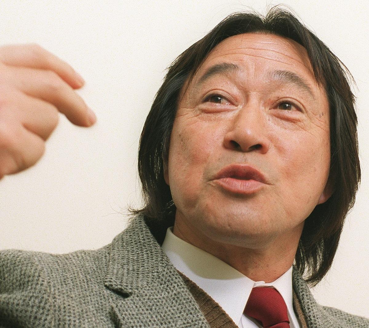 写真・図版 : 「金八先生」の武田鉄矢さん