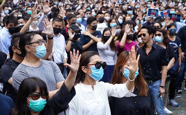 顔認識の香港〜近未来からの報告
