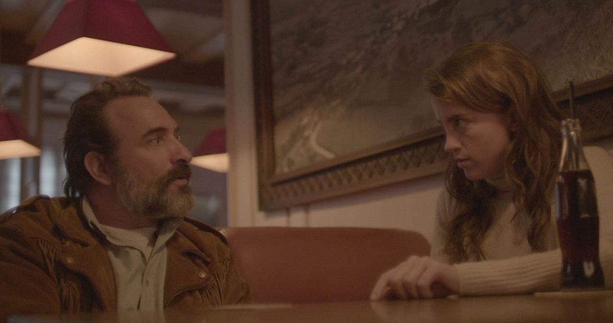 アデル・エネル(右)が出演する映画『ディアスキン 鹿革の殺人鬼』  (C)2019 ATELIER DE PRODUCTION ARTE FRANCE CINEMA NEXUS FACTORY & UMEDIA GARIDI FILMS