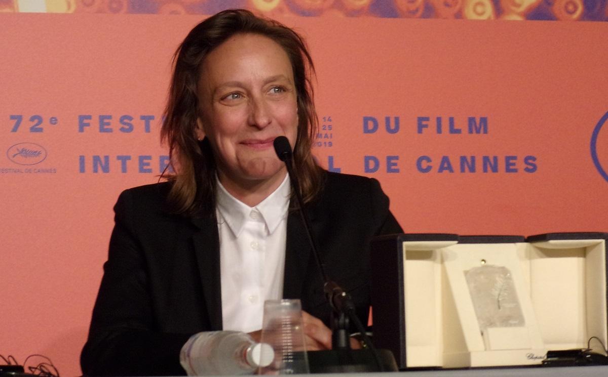 写真・図版 : 2019年のカンヌ国際映画祭で、アデル・エネル主演の『炎の貴婦人の肖像』で脚本賞を受賞したセリーヌ・シアマ監督=撮影・筆者