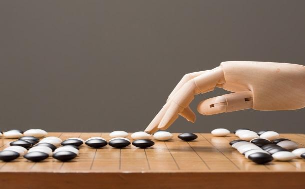 韓国最強棋士引退がAI研究に突きつけるもの