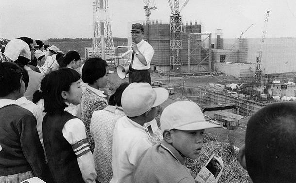父は福島原発の誘致にたずさわった県庁職員だった