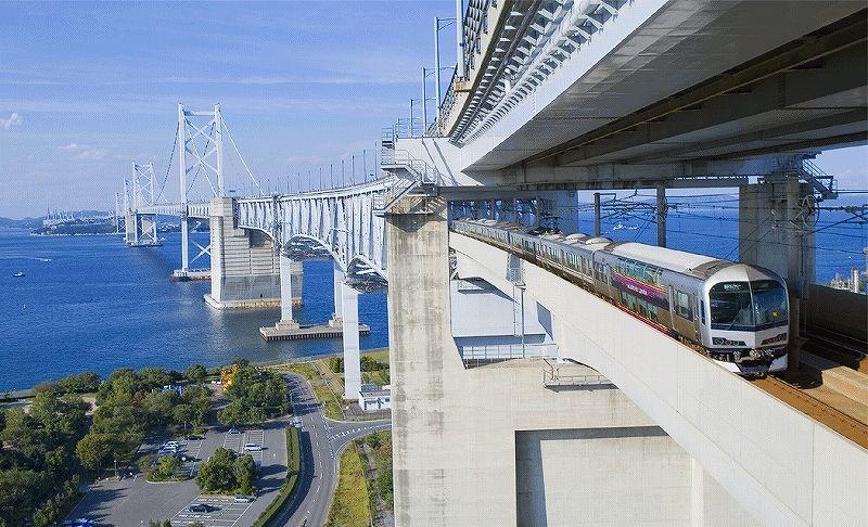 写真・図版 : 瀬戸大橋=JR四国提供