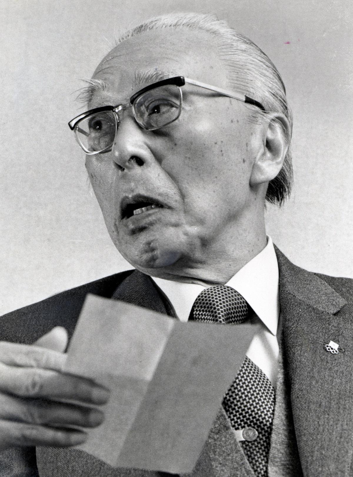 写真・図版 : 朝日賞を受けた田畑政治。「私からオリンピックを取り除くことは出来ない」と話していた=1979年12月撮影