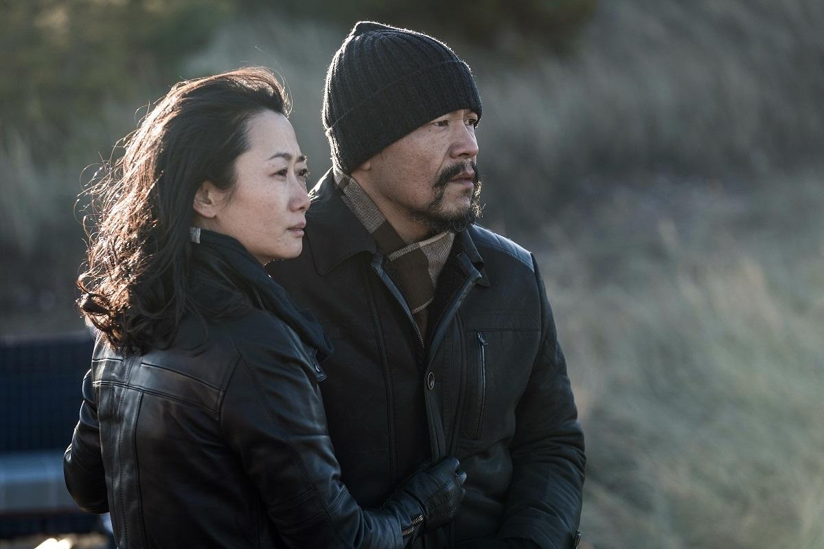 『帰れない二人』 チャオチャオ(左、チャオ・タオ)と彼女の恋人ガオ・ビン(リャオ・ファン) (c)2018 Xstream Pictures (Beijing) - MK Productions - ARTE France All rights reserved.