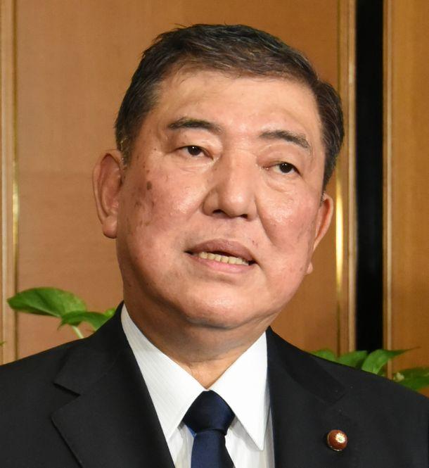 写真・図版 : 自民党の石破茂・元幹事長=2019年11月11日