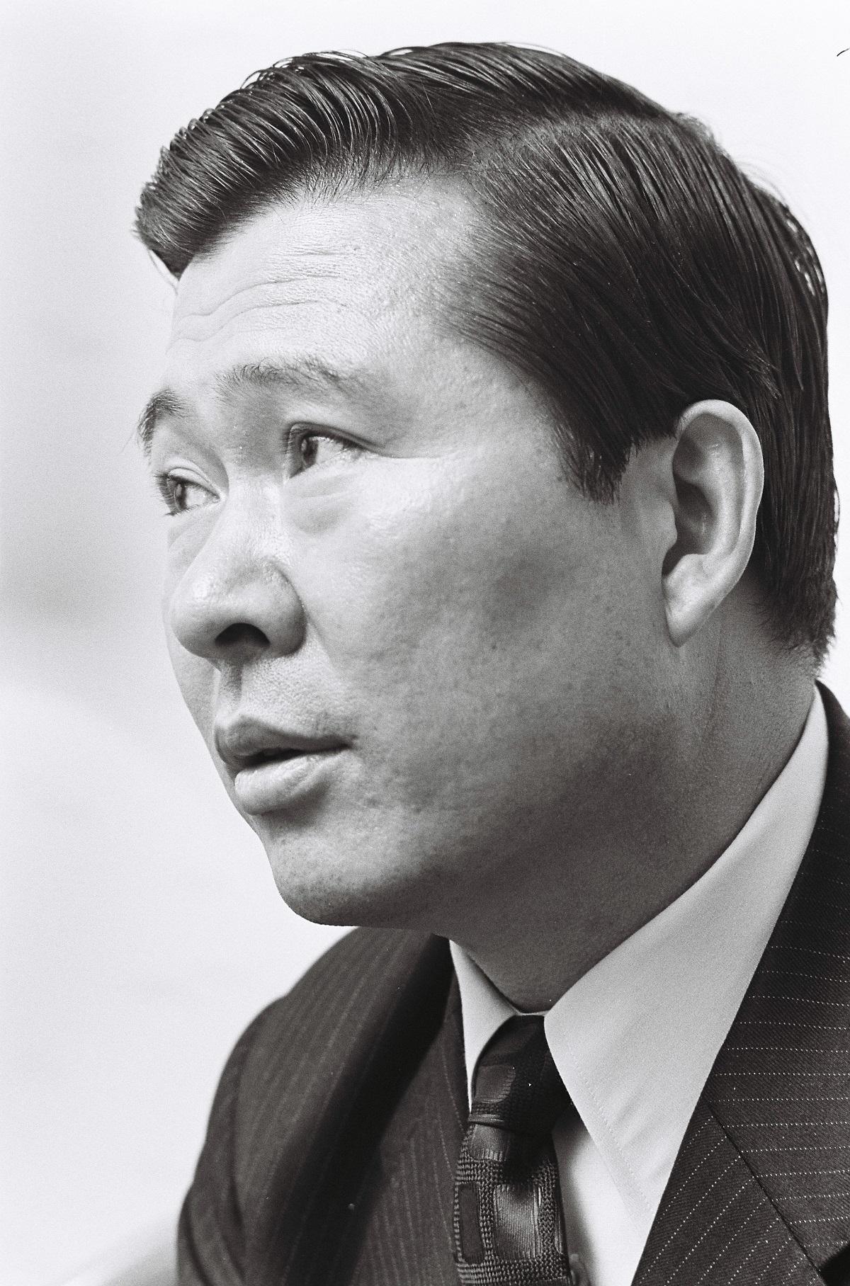 写真・図版 : 小此木政夫さんが韓国に留学していたころの金大中氏。東京で拉致される事件の前年、1972年に撮影された