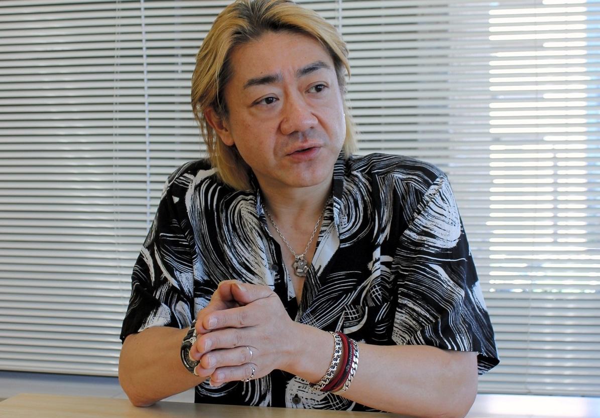 写真・図版 : 野村義男は、「普通の男の子」からミュージシャンになった=2013年