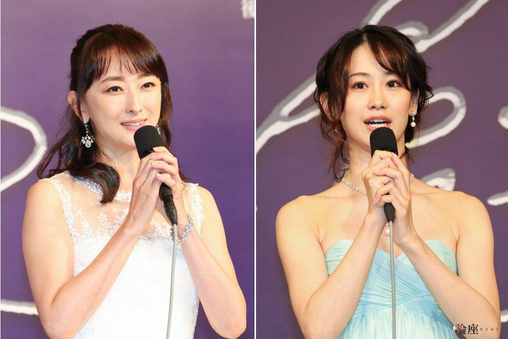 写真・図版 : ミュージカル『エリザベート』制作発表会見から、花總まり(左)と愛希れいか=宮川舞子 撮影