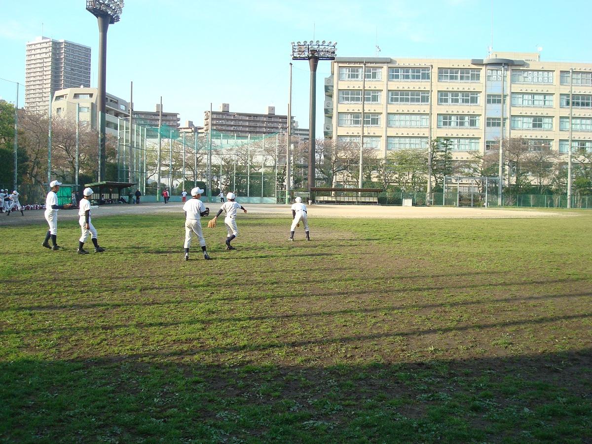 写真・図版 : 東京スタジアム跡地にある南千住野球場
