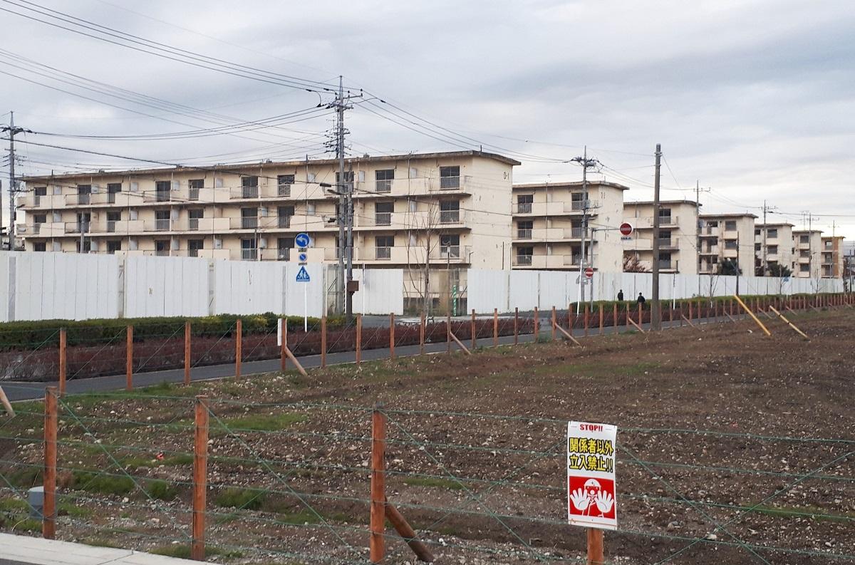 取り壊しが進み、更地化される草加松原団地=2018年12月13日、埼玉県草加市松原