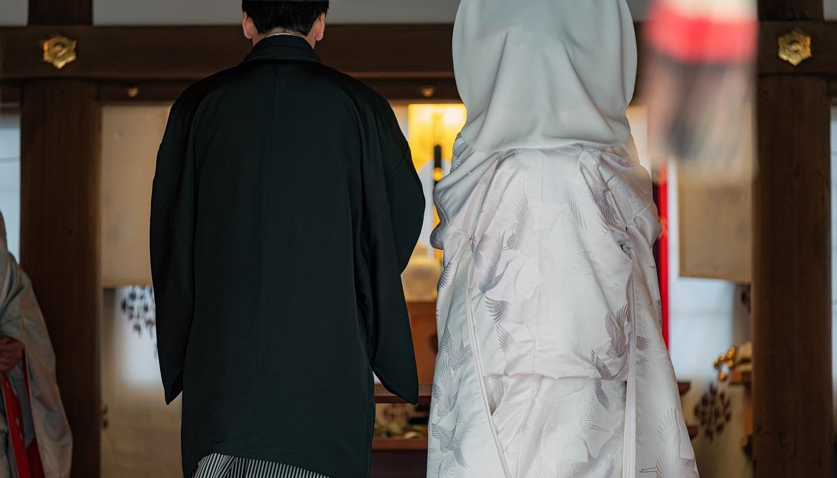 写真・図版 : 選択的夫婦別姓で、「○○家の繁栄」は崩れるのか? mTaira/Shutterstock.com