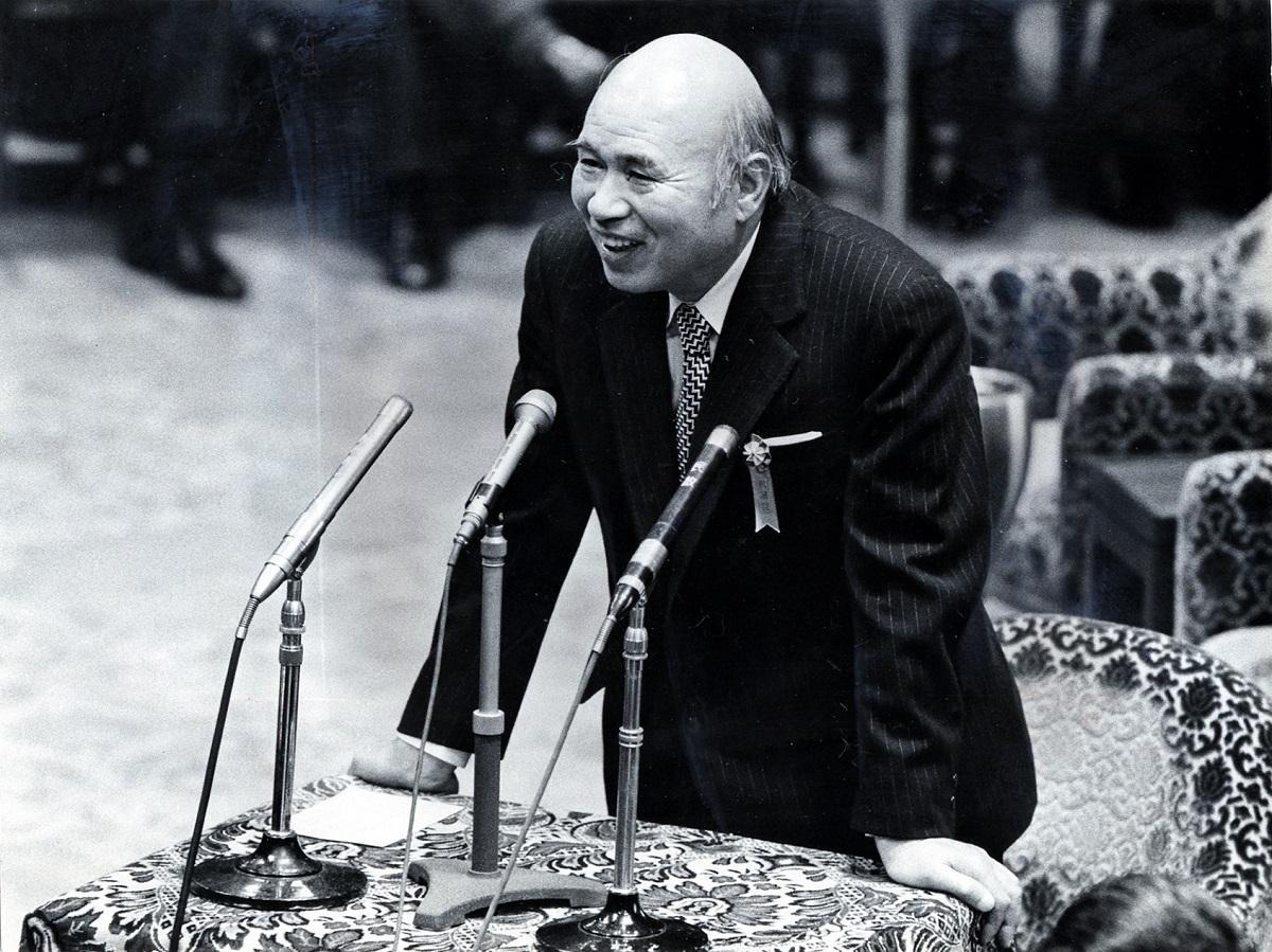 写真・図版 : ちなみに、「記憶にございません」を国会の証人喚問で連発したご本人はこの方。1976年のことです