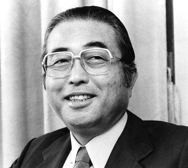写真・図版 : 山中貞則氏、1984年10月