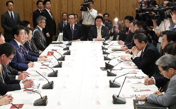 日本の持続可能性を阻む「現実逃避」と「神風幻想」