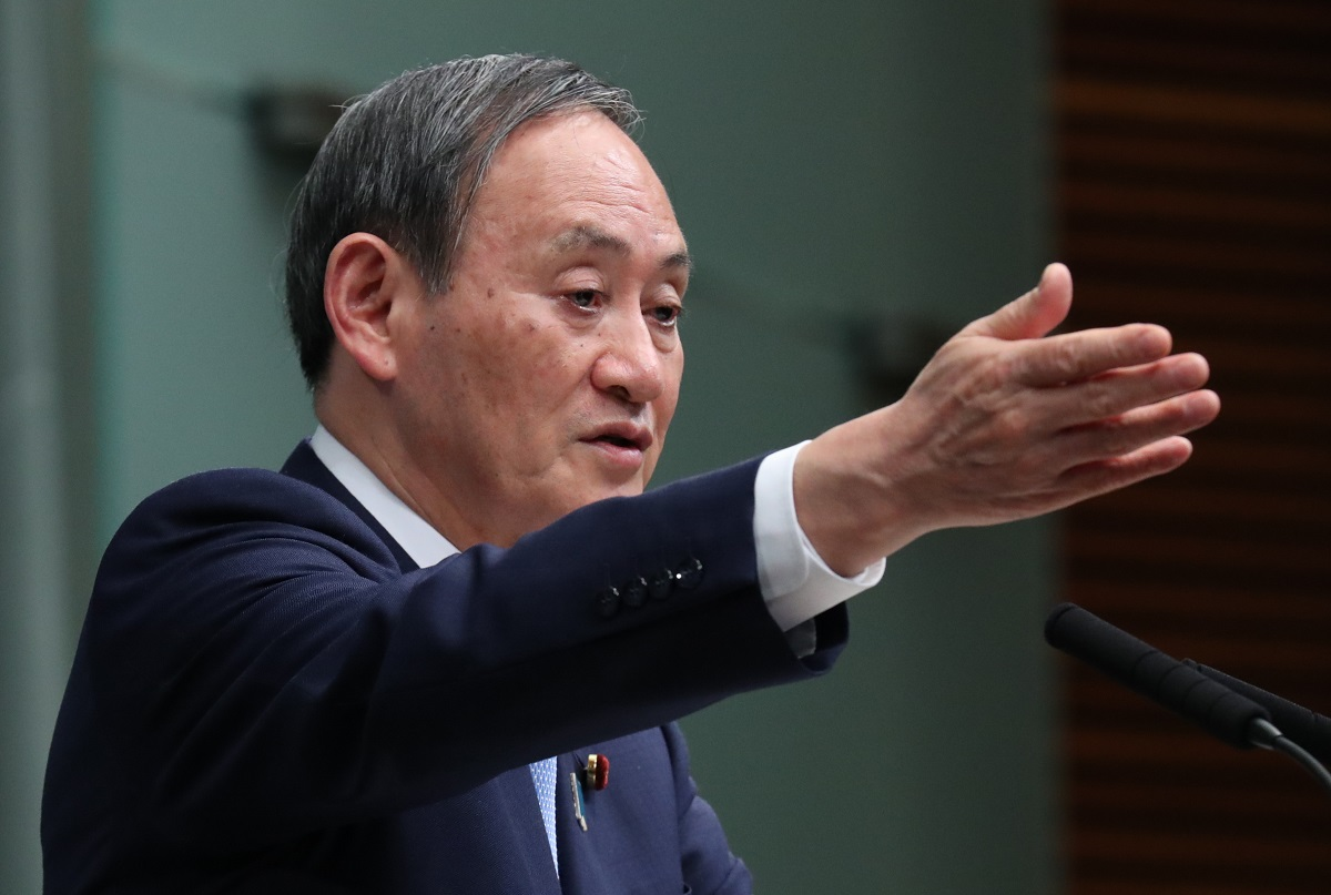 写真・図版 : 3月30日の菅官房長官の記者会見=2020年3月30日、首相官邸
