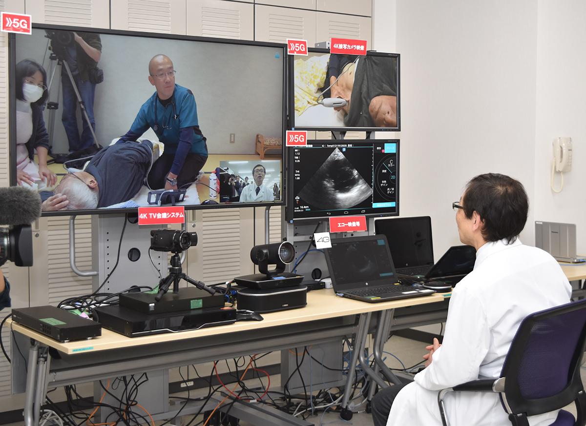 写真・図版 : 遠隔診療の実証実験。医師が画面を通してやりとりした=2019年1月21日、和歌山市紀三井寺