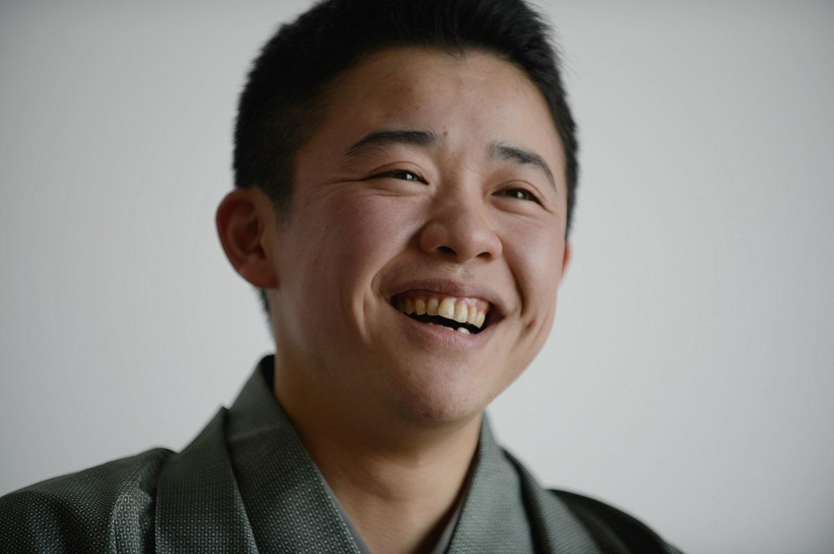 写真・図版 : 上方落語の桂吉坊
