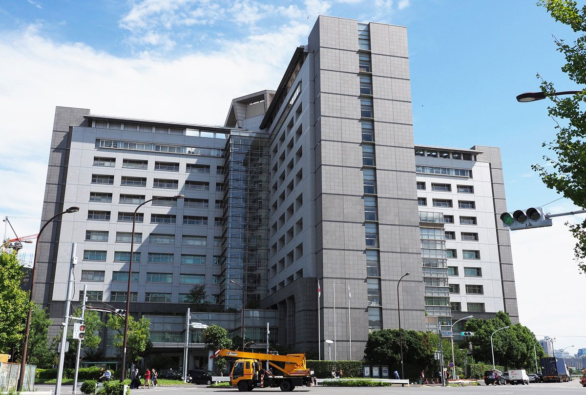 写真・図版 : 東京出入国在留管理局(東京都港区)。ここにも多くの外国人が長期に渡り収容されている。