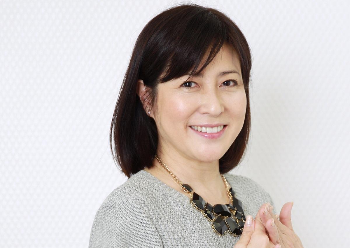 写真・図版 : 新型コロナウイルスの感染症で亡くなった岡江久美子さん
