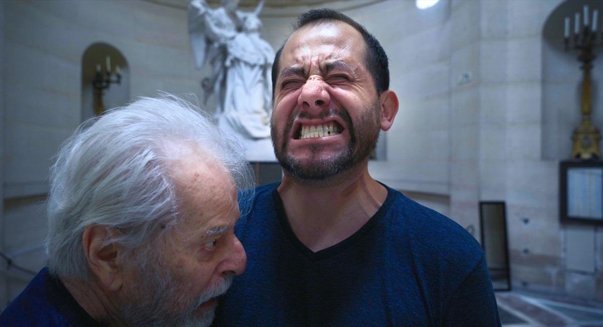 写真・図版 : アレハンドロ・ホドロフスキー監督『ホドロフスキーのサイコマジック』=Pascale Montandon-Jodorowsky