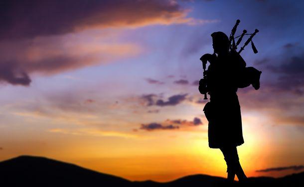 バグパイプを日本で吹く意味とは 国内唯一人の「職業奏者」がコロナ自粛の渦中で考えた「音楽の本質」【下】