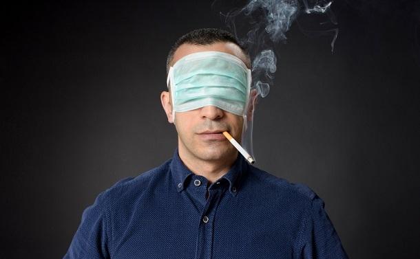 喫煙者は新型コロナに強い?